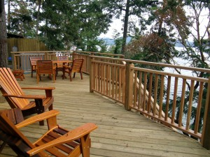 Madrona-Cottage-deck2