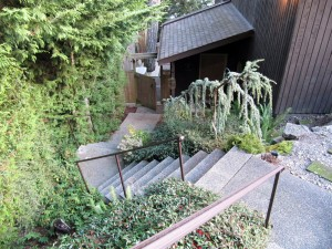 Madrona-Cottage-front-door1