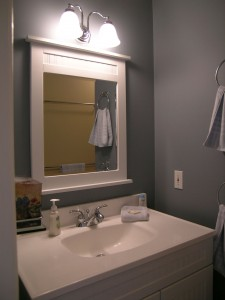 Madrona-Cottage-main-bath1