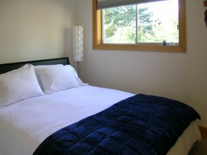 Orca-Pass-2nd-bedroom1