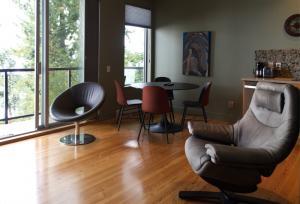Living room 2b